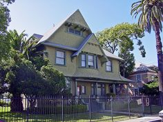 34a 2111 Park Grove Ave (E)
