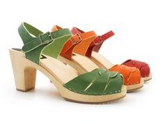 sandalias de colores*