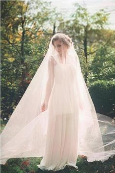 Cathedral Long Tulle Wedding Veil Drop Style with Smooth Edge Circle Cut