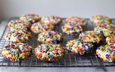 confetti cookies - smitten kitchen -- super easy, made in my 7 cup (a bit tight) food processor. only made 2 dozen cookies; super easy altho not quite as good as jessica's momofuku milk bar cookies but still delish Sprinkle Cookies, Easy Sugar Cookies, Cookies Soft, Toffee Cookies, Bar Cookies, Shortbread Cookies, Köstliche Desserts, Delicious Desserts, Dessert Recipes