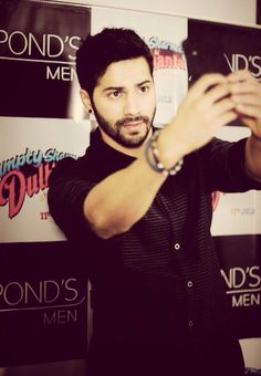 Varun Dhawan taking a Humphie