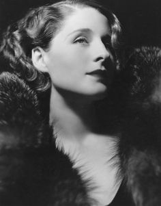Norma Shearer - Just for the pose and expression