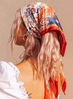 Sciarpa in raso Gemini Borgogna - Princess Polly USA