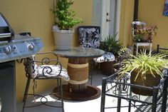 Ballard Designs Inspired Patio Table-16 DIY Outdoor Furniture Pieces