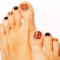 Animal Print On Your Toe Nails ❤ 30+ Incredible Toe Nail Designs for Your Perfect Feet ❤ See more ideas on our blog!! #naildesignsjournal #nails #nailart #naildesigns #toes #toenails #toenaildesigns #pedicure Black Stiletto Nails, Black Stilettos, Toe Nails, Coffin Nails, Pretty Nail Designs, Toe Nail Designs, Best Armor, Pretty Nails, Pedicure