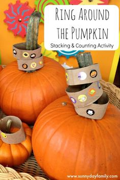 Fine motor stacking and counting activity for toddlers using pumpkins! Fun fall themed or Halloween activity for toddlers & preschoolers. (autumn activities for kids fine motor skills) Halloween Activities For Toddlers, Lesson Plans For Toddlers, Preschool Activities, Infant Activities, Motor Activities, Indoor Activities, Theme Halloween, Halloween Kids, Halloween Crafts