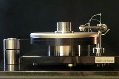 highend-electronics Products: SoundWaves Turntables