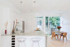 Wohnideen Küche pur weiß modern grifflos skandinavisch