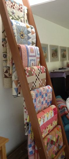 New Blanket Storage Display Quilt Racks Ideas Quilting Room, Quilting Tips, Quilting Projects, Diy Projects, Quilting Designs, Quilt Storage, Blanket Storage, Blanket Rack, Fabric Storage