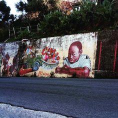 Arte libera a #caulonia #lalocride #locride #calabria  Grazie @peppex1981 per la foto ! #italy #murales #streetart #art #child #childrens #sole #mare #calabriaart #calabriamia #calabriaarte #calabriadaamare #calabriadamare #calabriaphoto #reggiocalabria #regionecalabria #flowers #fiori #writersofinstagram #writerscommunity by lalocride