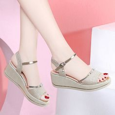 Shield Sandals Women's Shoes Season New Wild Flat Fashion High-heeled Muffin Thi. - - Shield Sandals Women's Shoes Season New Wild Flat Fashion High-heeled Muffin Thick Bottom Tide 68058 Source by margothzambonino Pretty Shoes, Cute Shoes, Gladiator Shoes, Strappy Sandals, High Heels, Shoes Heels, Top Shoes, Flat Shoes, Shoes Sneakers