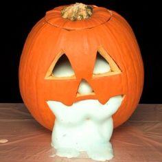 Fun Halloween science activity! Oozing Pumpkins