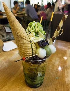 Whenever I need to grab a quick bite before heading to the movies at Event Cinemas in the CBD, or just crave a decent matcha (specially grown and proc… Sydney Australia, Matcha, Parfait, Trends, Eat, Desserts, Tailgate Desserts, Deserts, Dessert