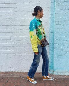 Brown Converse, Tie Dye Jackets, Sincerely Jules, Tie Dye Outfits, Cool Ties, Everyday Look, Bomber Jacket, Street Style, My Style