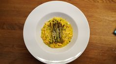 Saffron risotto with Salmon and    asperges
