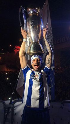 Manchester United, Fc Porto, Porto City, Alex Telles, Photo Story, Football Players, Beast, Portugal, Wallpapers