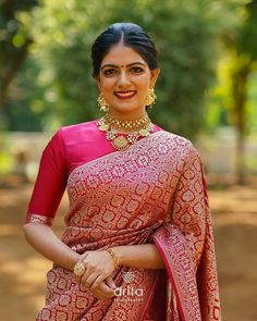 Studio Parnica is an abode for Silk sarees with their rich heritage personally curated by its founder Priya Ramohan. Check their stunning silk saree collections. Indian Bridal Sarees, Indian Bridal Fashion, Indian Wedding Outfits, Sari Blouse Designs, Fancy Blouse Designs, Trendy Sarees, Stylish Sarees, Party Looks, Movies