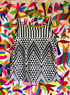 julibooli @ Craftster geo-delic contrast tank and rainbow leggings - CLOTHING