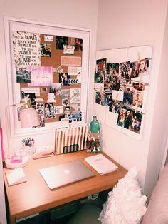 56 Ideas For Bedroom Decoration Dream Rooms Desks Dorm Room Walls, Cute Dorm Rooms, Cute Room Decor, Tumblr Rooms, Room Goals, College Dorm Rooms, College Girl Apartment, Dorm Life, Dream Rooms
