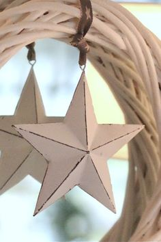 Inspiration to hang paper stars...