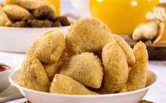 Receita de Massa de Pastel: pastel fácil de preparar Snack Recipes, Snacks, Cornbread, Carne, Recipies, Chips, Favorite Recipes, Pasta, Ethnic Recipes