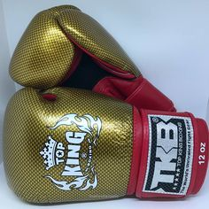 Top King TKBGEM-02 Air Red Gold Sporting Muay Tai Thai Boxing Gloves MMA Martial Art  https://nezzisport.com/collections/top-king/products/top-king-tkbgem-02-air-red-gold-sporting-muay-tai-thai-boxing-gloves-mma-martial-art-1?variant=7292026257461