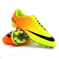 NIKE - MERCURIAL VAPOR IX AG....i really want these!!!