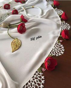 REKLAM_TANİTİM (@igneoyasi.modelleri) • Instagram fotoğrafları ve videoları Punjabi Salwar Suits, Brazilian Embroidery, Needle Lace, Crochet Scarves, Bridal Dresses, Embroidery Designs, Brooch, Model, Jewelry