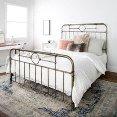 Shop the latest collection of New Queen Size Metal Pipe Bed Frame Headboard Footboard from the most popular stores - all in one place. Contemporary Bedroom, Modern Bedroom, Rustic Contemporary, Minimalist Bedroom, Home Decor Instagram, Pipe Bed, Murphy-bett Ikea, Bedroom Furniture, Bedroom Decor