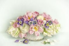 vintage spring bouquet by Lizzy Pe on 500px Pastel Bouquet, Spring Bouquet, Spring Flowers, Modern Shabby Chic, Shabby Chic Decor, Bohemian Decor, Decoupage, Shabby Chic Painting, Vintage Flowers