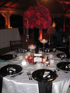 Black White Red Gold Reception Decorations Clic And Wedding With Roses