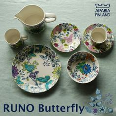Arabia Runo Butterfly dishes Love these! Scandinavian Style, Wonderful Things, Color Patterns, Finland, Decorative Plates, Butterfly, Pottery, Ceramics, Dishes