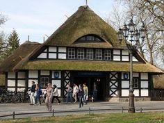 wazzup2!Ländlicher Charakter: der U-Bahnhof Dahlem-Dorf