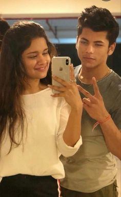 Cute Couples Photos, Tv Couples, Couple Photos, Teen Celebrities, Bollywood Celebrities, Celebs, Beautiful Girl Photo, The Most Beautiful Girl, Teen Actresses