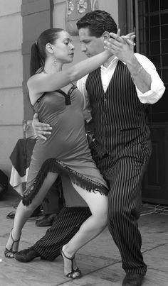 I have visited La Boca many times. Shall We Dance, Lets Dance, Tango In The Night, Tango Dancers, Partner Dance, Dance Movement, Argentine Tango, Ballroom Dancing, Dance Art