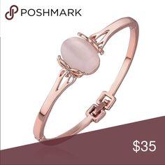 Sale-Rose gold and Austrian crystal bracelet Beautiful Austrian crystal  rose gold bracelet. Jewelry Bracelets
