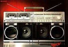 Big in Japan SHARP GF-909 www.1001hifi.com
