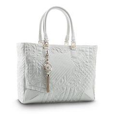 Ladylike attitude - #Versace Vanitas Elettra quilted tote bag. Discover more here: versace.com #VersaceVanitasBag