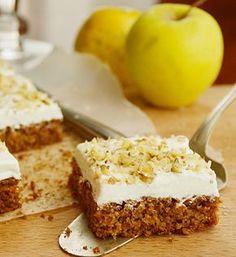 Candy's: Almás-zabpelyhes piskóta krémsajttal Diabetic Bread, Diabetic Recipes, Diet Recipes, Cake Recipes, Vegan Recipes, Dessert Recipes, Just Eat It, Hungarian Recipes, Something Sweet