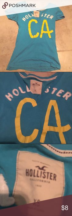 Hollister Co Tee 💙 Worn a few times no holes or damage bundle and save everything must go :-)) Hollister Tops Tees - Short Sleeve