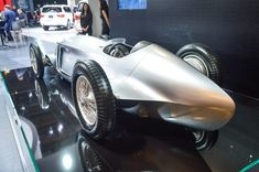 Infiniti shows off the electrifying Prototype 9