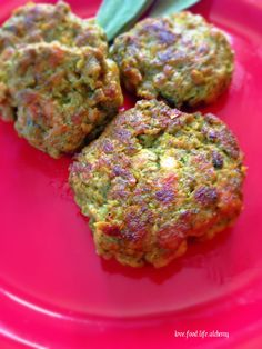 This week I was craving something a little exotic. I spiced things up with Chicken Kefta Kebabs. The kebabs I'm making are the same type of kebabs that you may find at an Indian or Pakistani restau...
