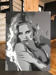 """Sylvie VARTAN en """"Leather-art"""", superposition de 5 couches de cuir de différentes couleurs by DIMENSYON"""