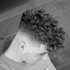 25 Curly Fade Haircuts For Men - Manly Semi-Fro Hairstyles Traditional Mens Curly Hair Fade Medium Wavy Hair Men, Short Curly Hair, Thin Hair, Long Hair, Fade Haircut Curly Hair, Short Fade Haircut, Curly Undercut, Haircut Men, Hair Updo