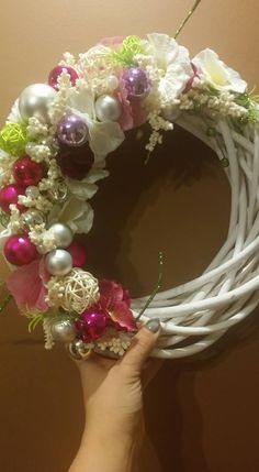 Ornament Wreath, Ornaments, Christmas Time, Crown, Wreaths, Jewelry, Home Decor, Homemade Home Decor, Corona