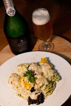 Massa ao molho de Gruyère, Gouda e cogumelo salmão - Dia da Cerveja Brasileira - Culinarístico