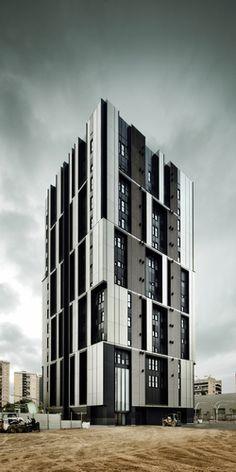 Barcelona, Spain Social Housing Tower INCASOL ROLDÁN + BERENGUÉ ARQTS. #architecture ☮k☮