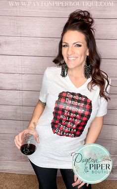 Fa la la la la la la la la! Our tipsy reindeer tee is so fun! Casual Summer Outfits For Women, Winter Fashion Outfits, Look Fashion, Autumn Winter Fashion, Trendy Outfits, Winter Style, Fashion Styles, Cute Christmas Outfits, Christmas Fashion