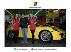 Un modelo que deja claro, como siempre, que es un Porsche, el mismo estilo vanguardista con formas orgánicas que suele mantener la compañía conforme se va actualizando su catálogo de coches con las nuevas exigencias de mercados cambiantes, con un motor que nada tiene que envidiarles a sus competidores y unos interiores que dejan ver el estilo del que goza un usuario de un Porsche. #NeedForSpeed911 @PorscheMexico