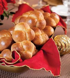 Cloverleaf Rolls - christmas is coming